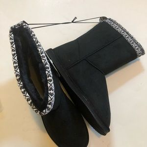 New Black Faux Suede Boots 10